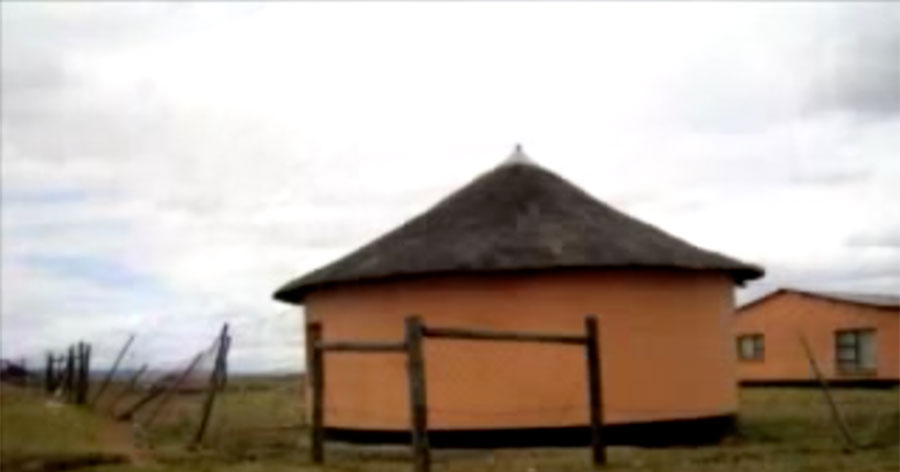 From-Sonkes-Digital-Stories-Collection-Mlungisis-Story-Xhosa-with-English-subtitles
