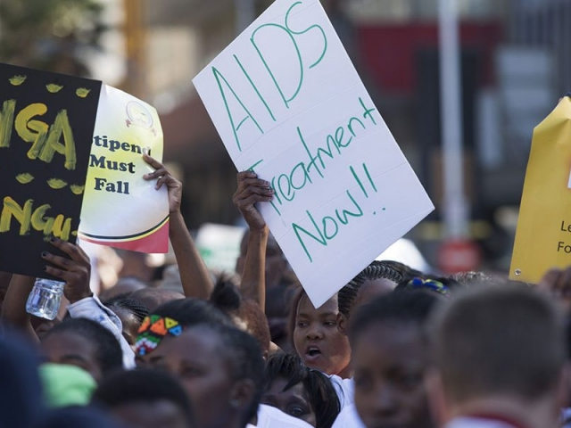 AIDS-conference-12